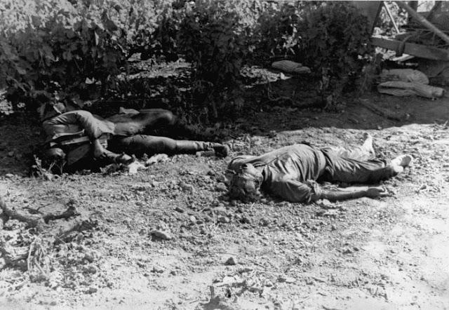 dead_german_paratroopers_crete_1941-_da12685f