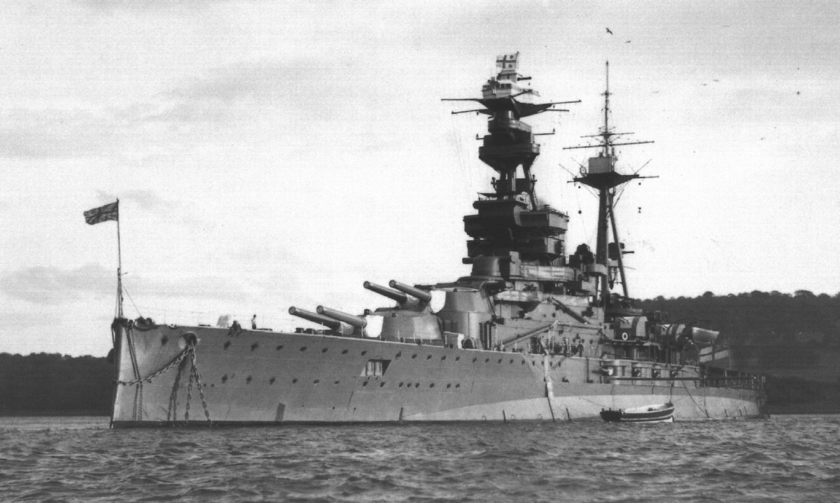 hms-royal-oak-forth-1938
