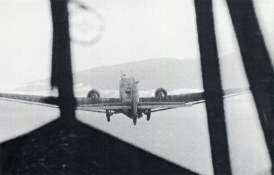A DFS230 glider towed by a Ju52