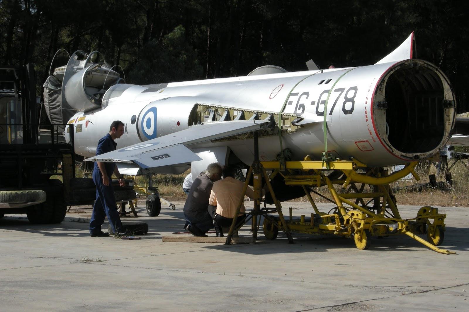 F-104-163