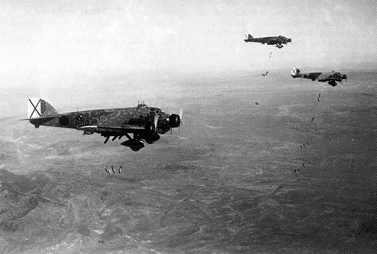 savoia-marchetti-sm81-pipistrello-bomber-01