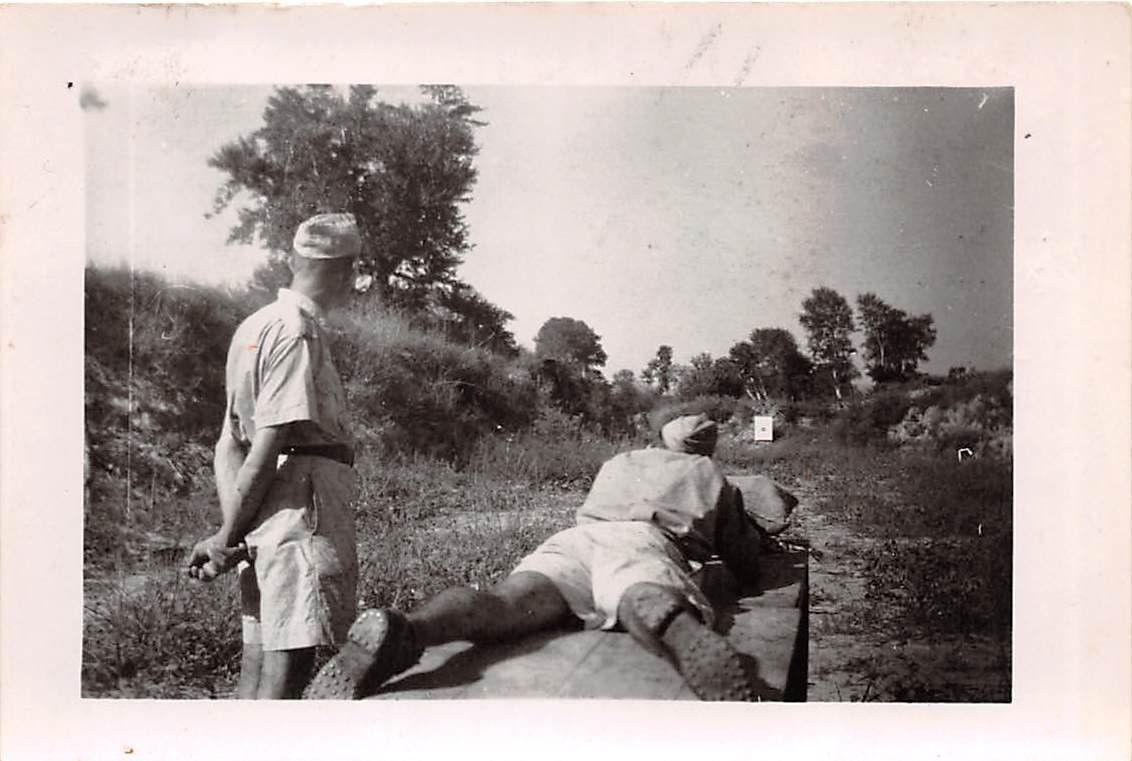 Τέμπη 20.9.43. Άνδρες της φρουράς της κοιλάδας ασκούνται στην σκοποβολή