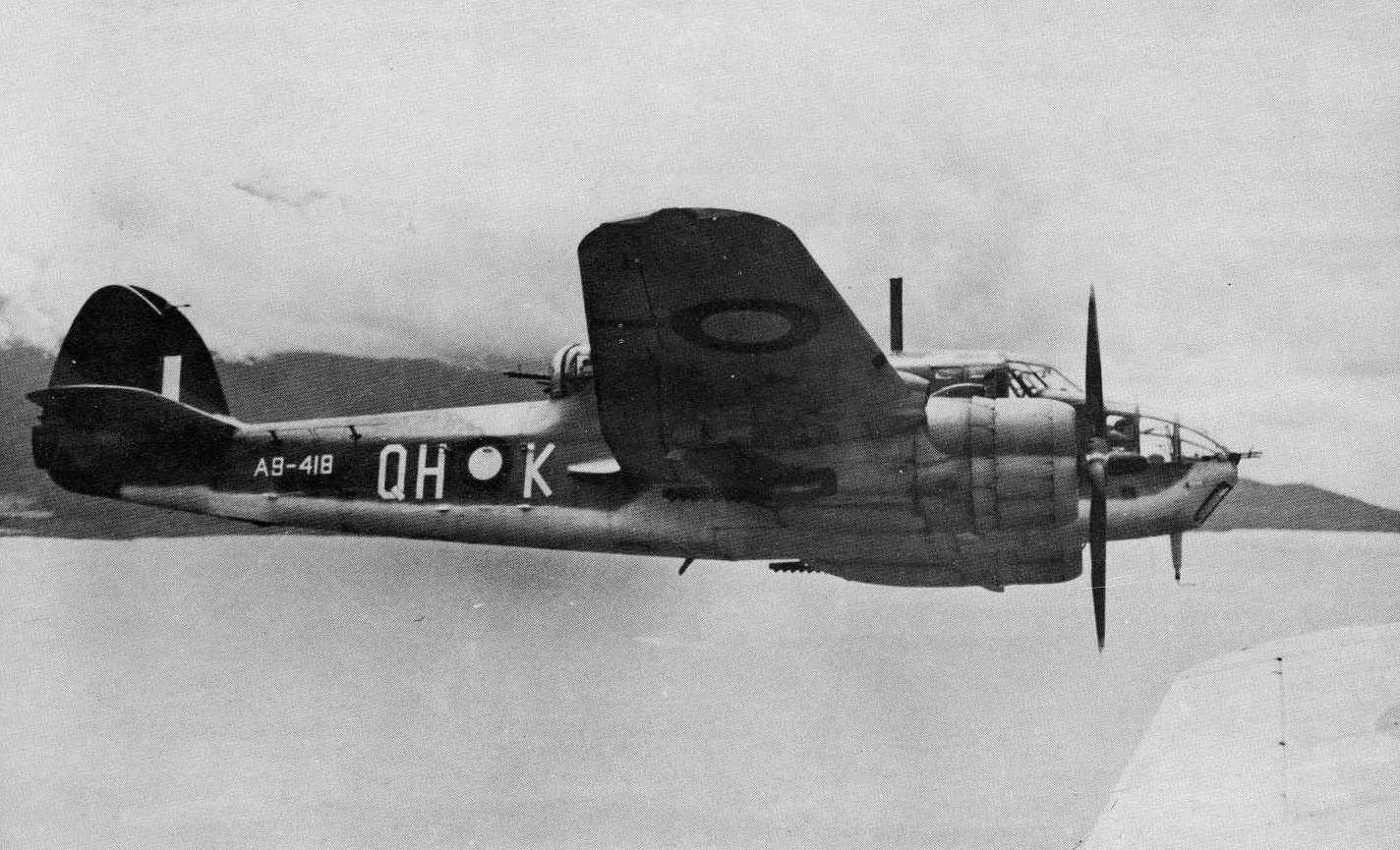 Bristol-Beaufort-MkVIM-RAAF-100Sqn-QH-K-A9-418-off-the-coast-of-New-Britain-1945-AWM-01