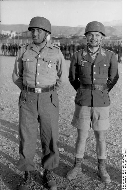 Ο σφαγέας του Κοντομαρίου Χορστ Τρέμπες (δεξιά).