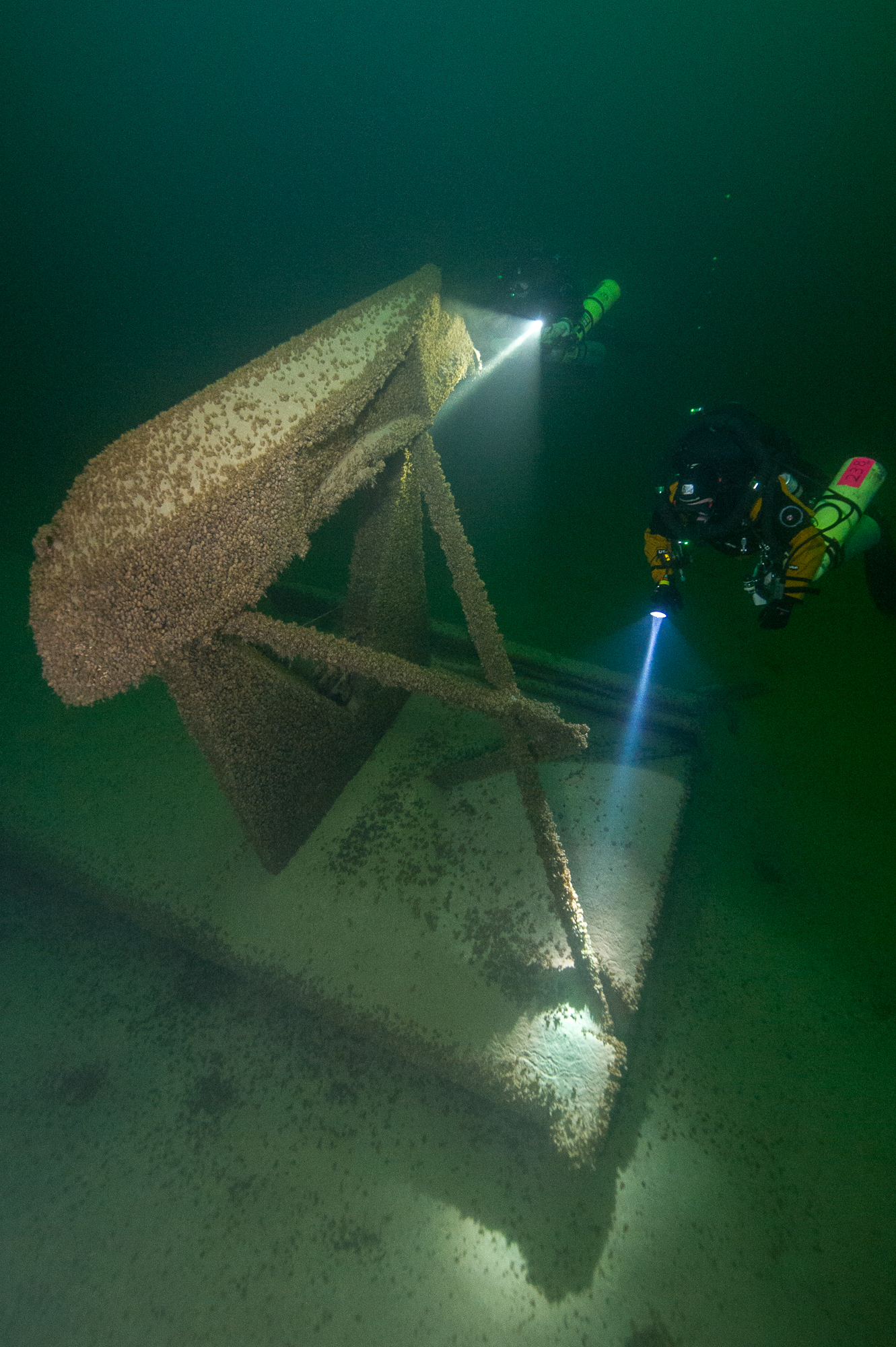 Exploring a PBY Catalina wreck in Lake Mead. Photo by Brett Seymour