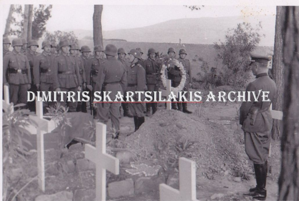 Burial of the Ithaka drowned in Crete, 1941. CREDIT: Dimitris Skartsilakis archive