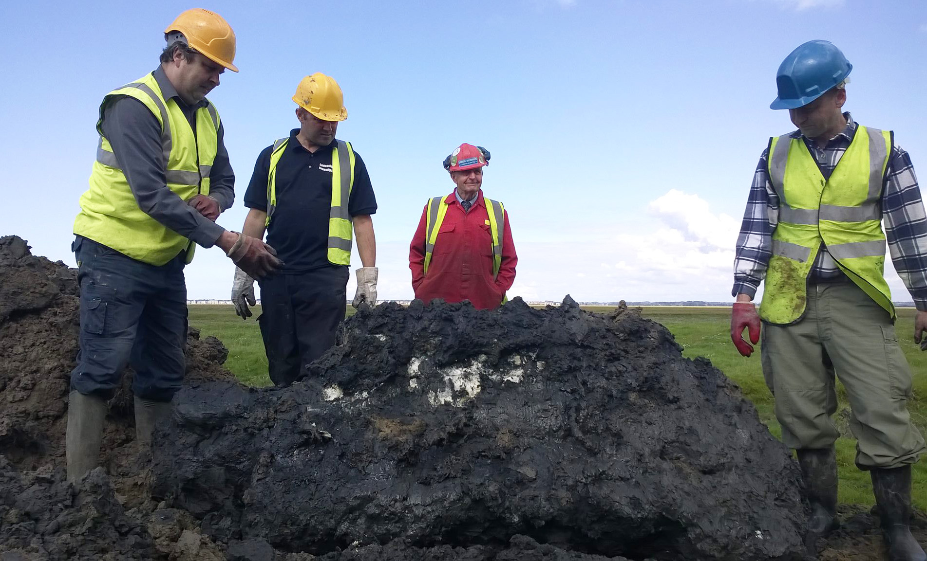 """The """"lost"""" second engine successfully recovered. Left to right are LAIT members: Nick Wotherspoon, Antony Eric Watkiss, John Robson and Russell Brown."""