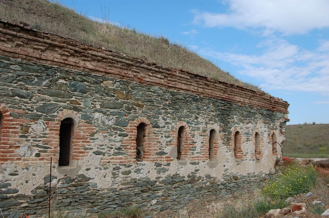 ΚΑΡΑΜΠΟΥΡΝΟΥ οχυρο 1880-εξωτερικη πλευρα 8