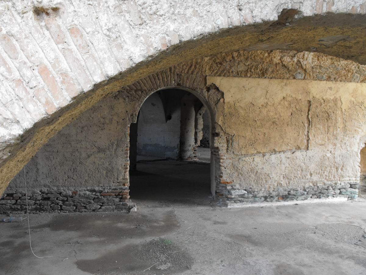 ΚΑΡΑΜΠΟΥΡΝΟΥ οχυρο 1880-εσωτερικο 10
