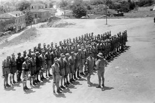 Τρίκαλα-καλοκαίρι-του-1944.-Εν-αναμονή-του-συσσιτίου