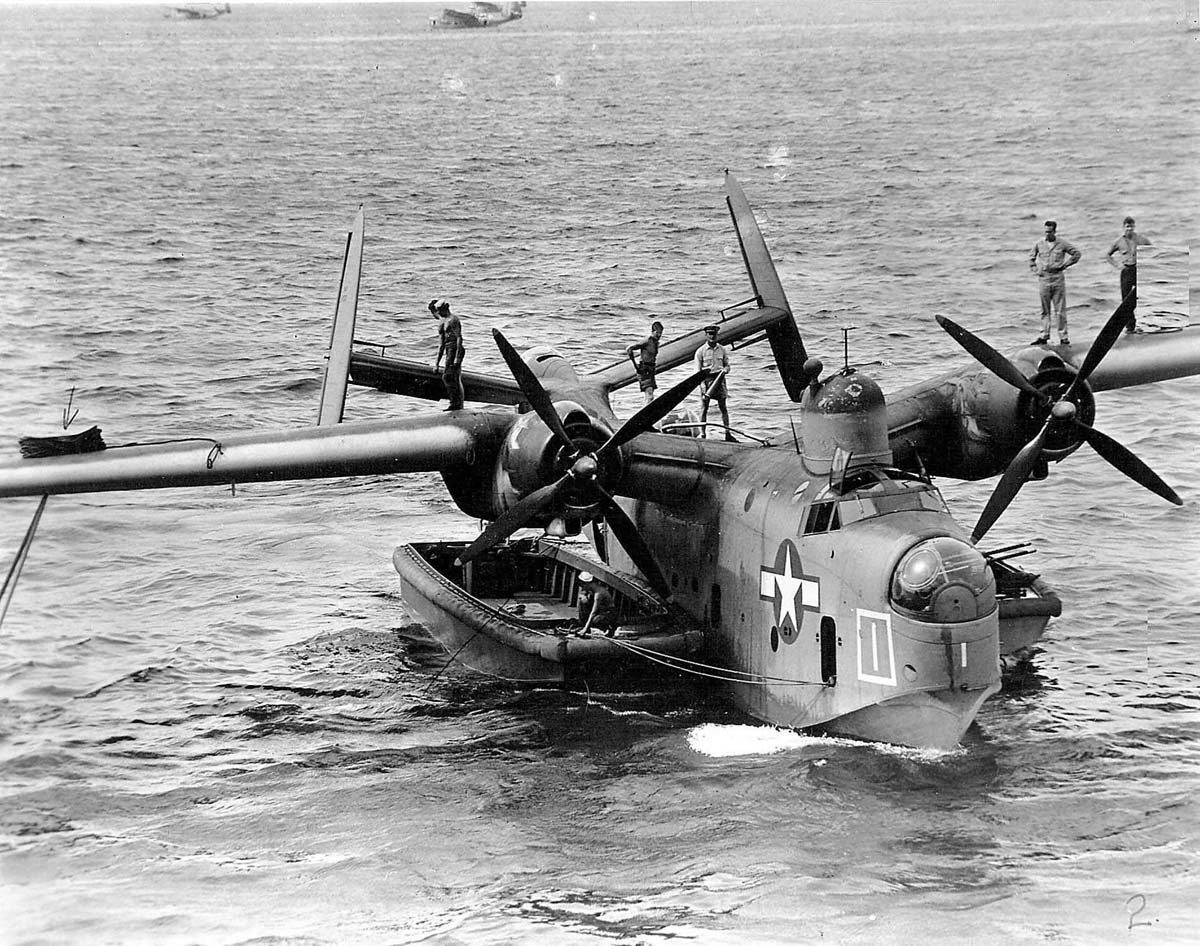 PBM-3D_flying_boat_anchored_on_the_water