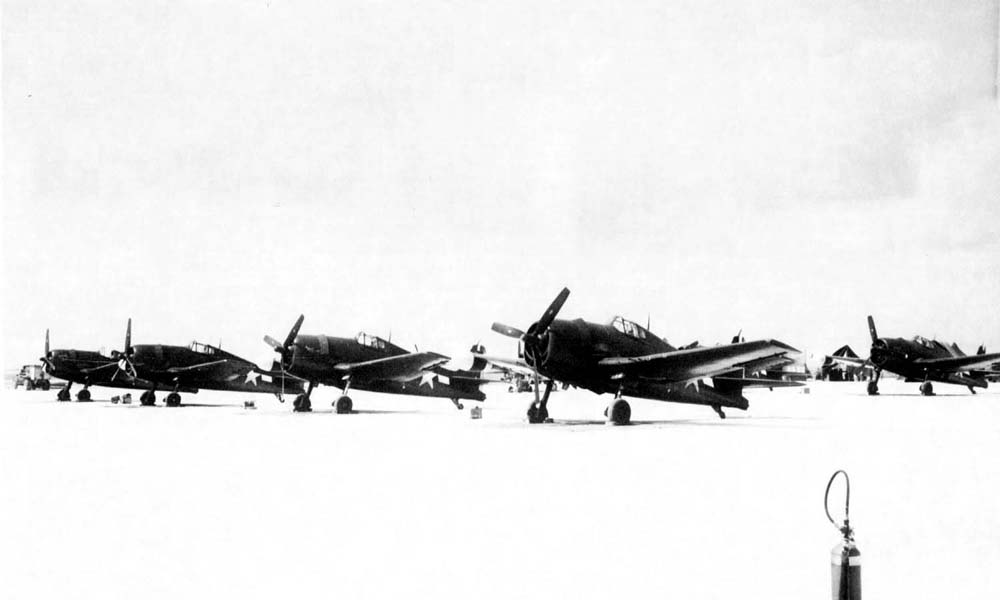 F6F-3N night fighter Hellcats of VMF(N)-533 in the Marshall Islands, 1944.