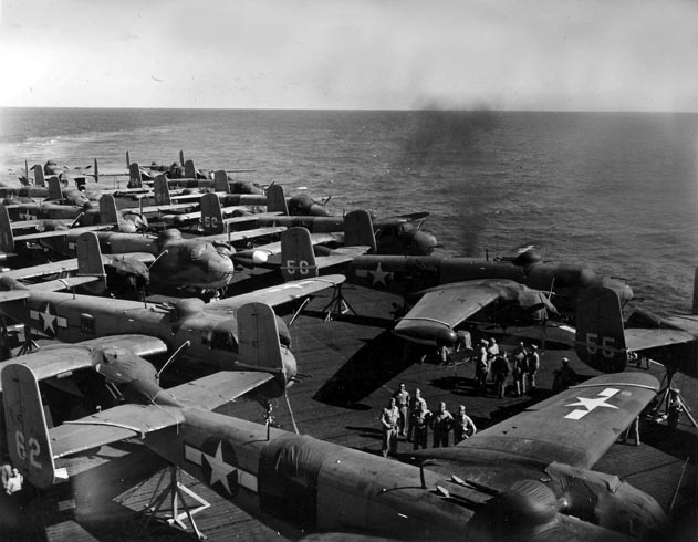 PBJ-1H's of VMB-613 crowd the flight deck of the USS Tulagi (CVE-72) enroute to Hawaii in October 1944
