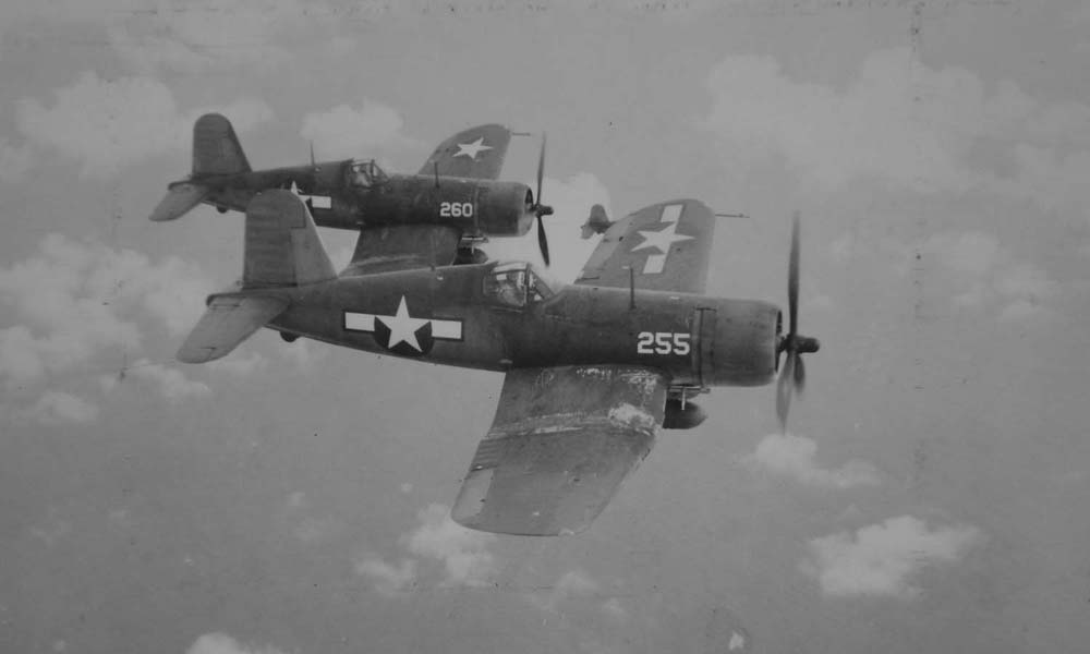Corsairs head out to strike bypassed targets in the Marshall Islands, in 1944. (Dan Farnham collection)