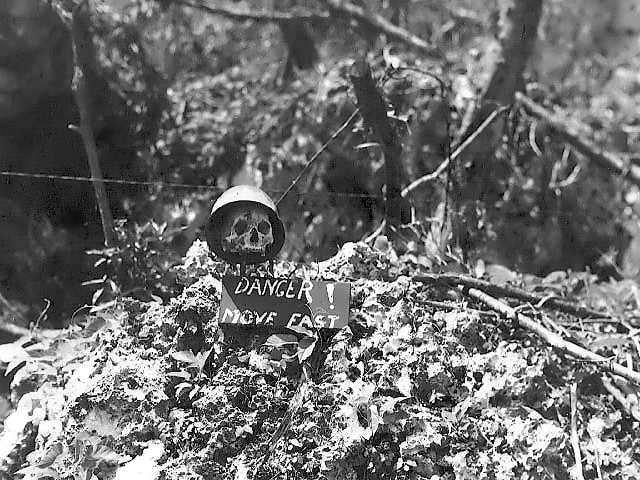 skull_and_danger_sign_on_peleliu