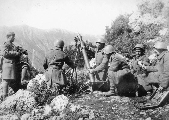 Greeks with a heavy mortar on the mountains of Albania, 1940