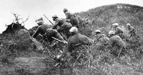 Greeks storming Italian positions, 1940