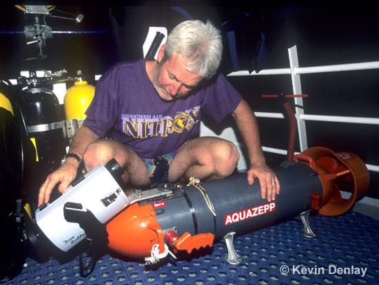 Kevin Denlay preparing an Aquazepp n Aquazepp scooter for filming USS Atlanta 1996