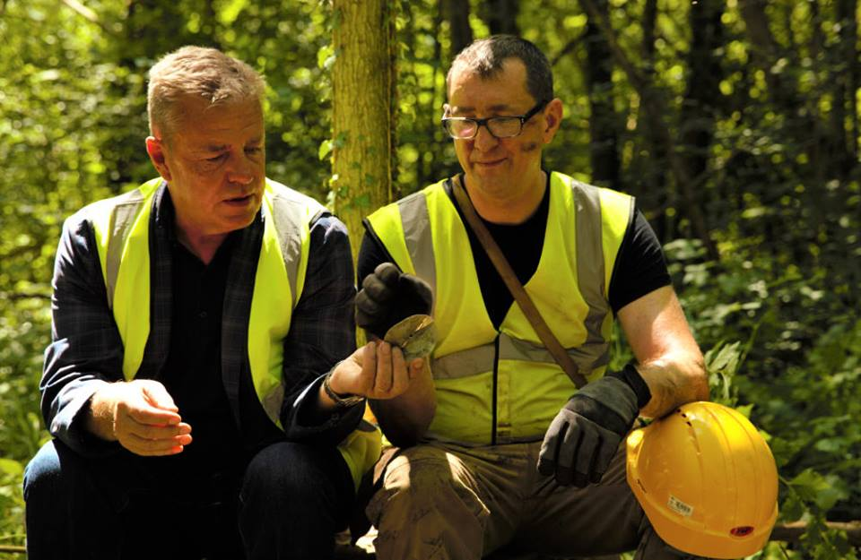 Stephen and Suggs during a break on location