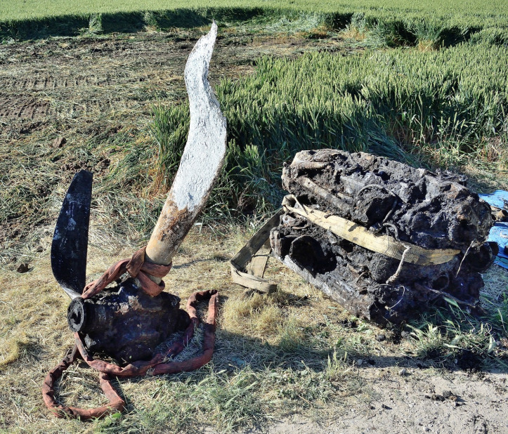Prop and engine, as found...