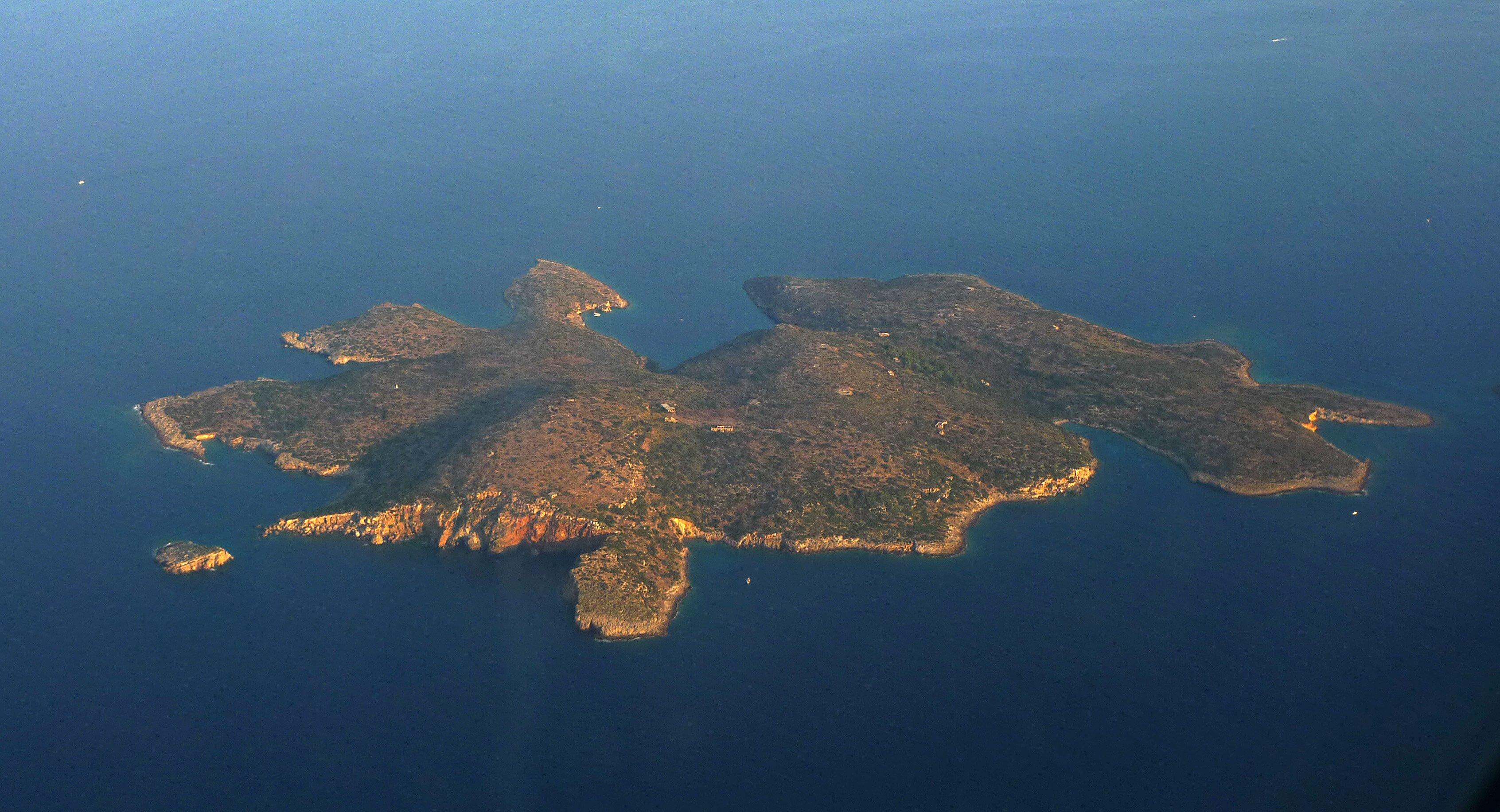Aerial view of Fleves island