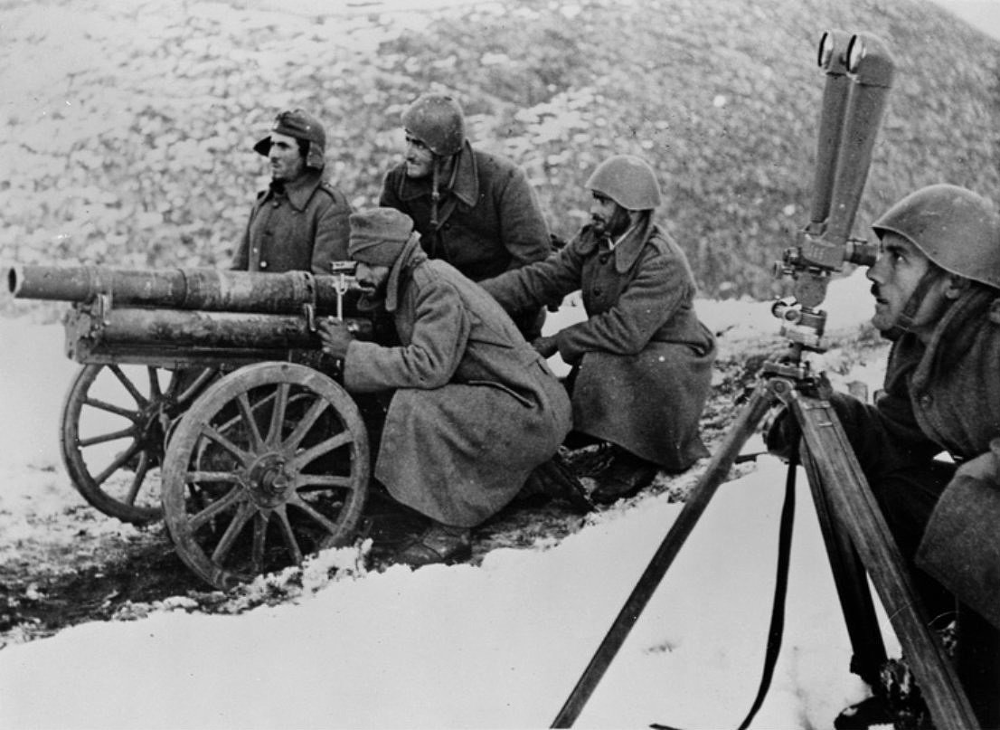 Christmas of 1940 was celebrated in snow covered mountains, with temperatures well below zero, which cost both armies, Italians and Greeks, dearly. Many soldiers were left frostbitten, with their limbs paralysed by the extreme weather conditions.