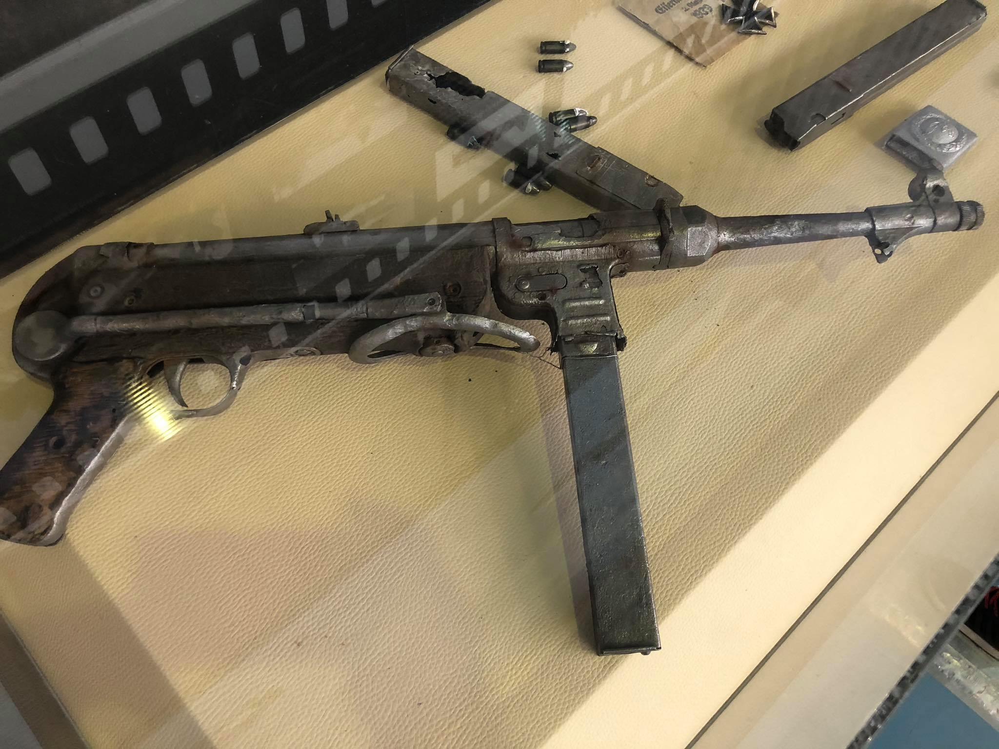 An MP40 found inside the Ju52